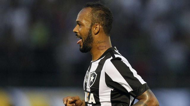 Botafogo descarta negociar volante Bruno Silva com Cruzeiro