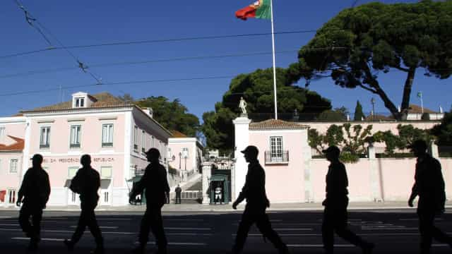 Policiais envolvidos em morte de brasileira estão 'muito abalados'
