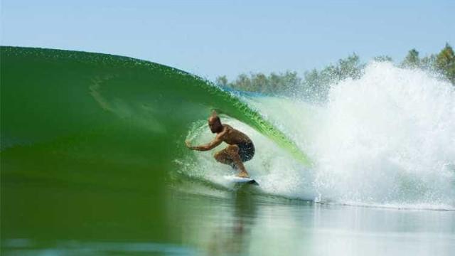 Piscina de ondas de Kelly Slater receberá etapa do mundial de surfe
