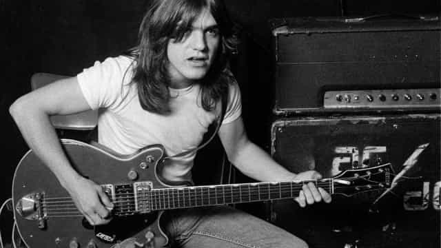 Morre guitarrista Malcolm Young, fundador do AC/DC