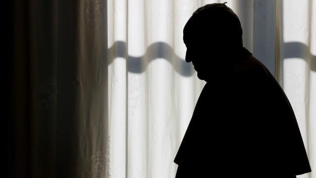 Vaticano investiga denúncia de relações homossexuais em seminário