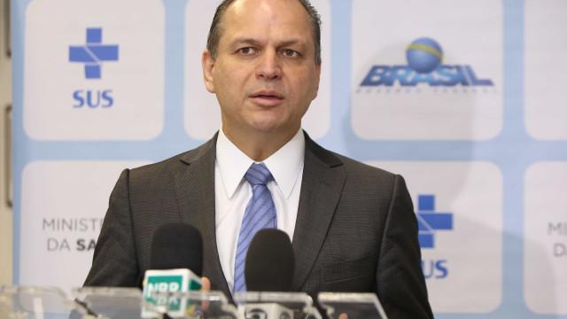 Ministro da Saúde garante que não faltará vacina contra febre amarela