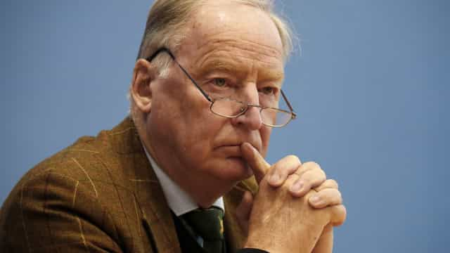 Extrema-direita alemã satisfeita com a possibilidade de novas eleições