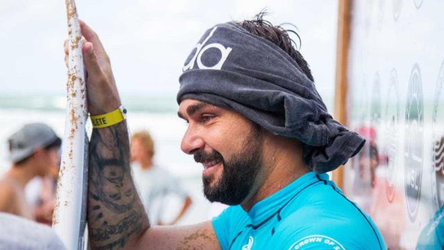 Há 12 anos tentando, brasileiro conquista vaga no Mundial de Surfe 2018