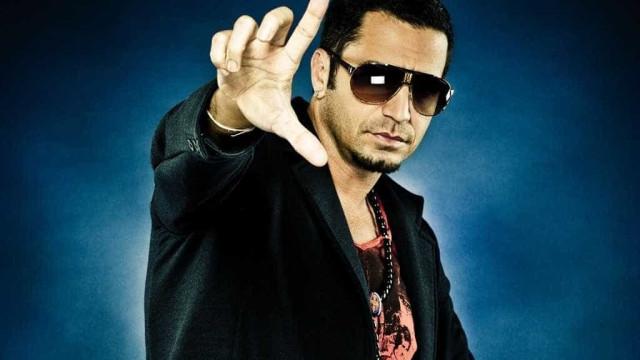 Ex de Latino revela que cantor nunca viu a filha pessoalmente