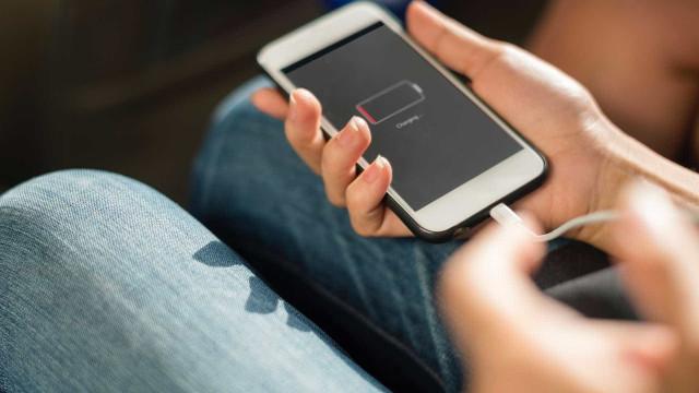 Confira erros mais comuns na hora de carregar o celular