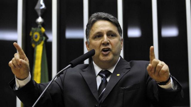 MP diz que grupo de Garotinho usava armas de fogo para obter vantagens