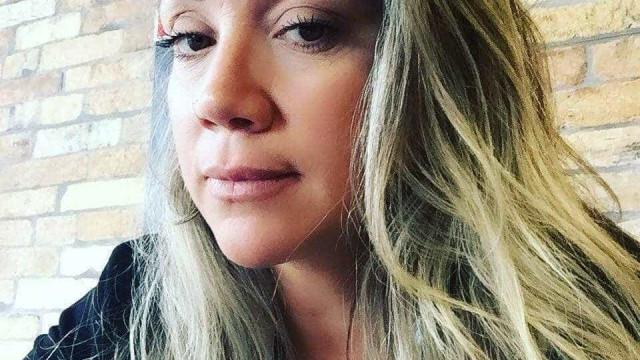 Suspeita de matar empresária durante briga de trânsito é presa no RJ