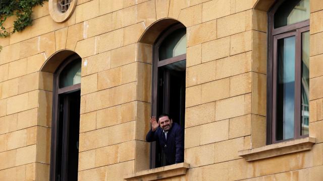 Premiê do Líbano suspende decisão de renunciar