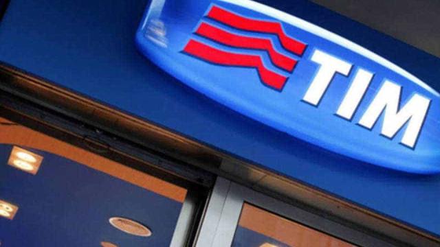 CEO da TIM quer empresa liderando 'transformação digital'
