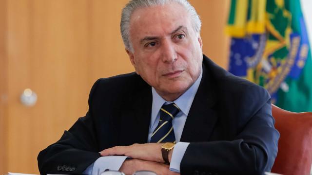 Temer deve usar reforma ministerial para isolar candidatura de Maia