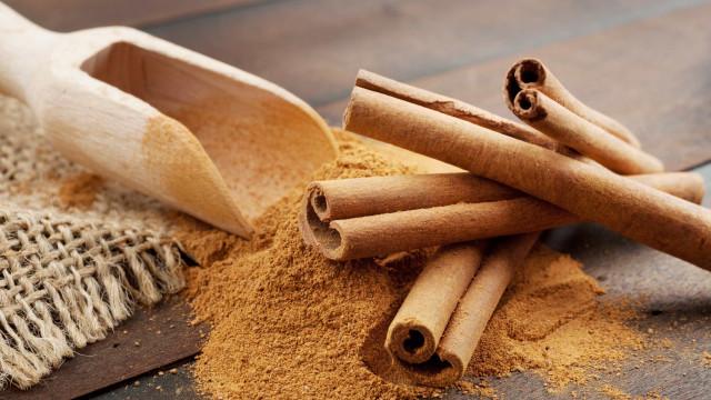 Consumo regular de canela traz benefícios ao metabolismo, diz estudo