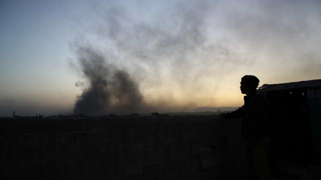 Síria continua ofensiva contra Estado Islâmico no vale do Eufrates