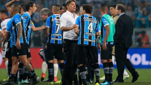 Caio Ribeiro ataca árbitro de 'Grêmio x Lanús': 'Bananão'