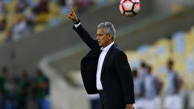Flamengo enfrenta Barranquilla para tentar salvar ano