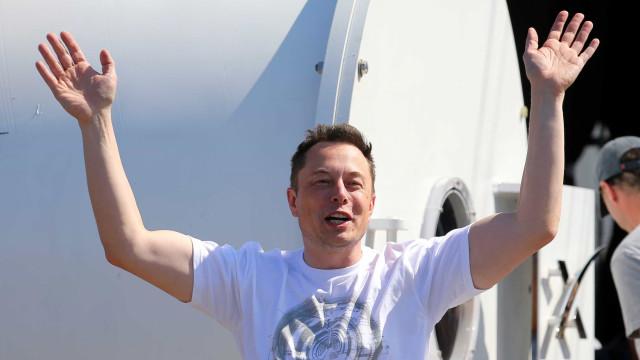 Primeiras pessoas que chegarem a Marte podem morrer, admite Elon Musk