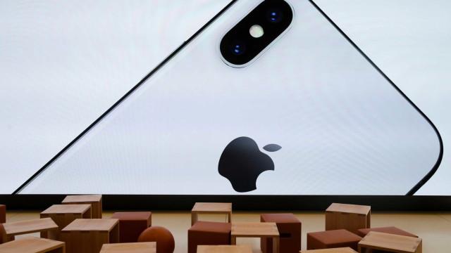 Apple quer lançar iPhone com três câmeras