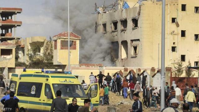 Explosão em mesquita deixa mais de 235 mortos no Egito