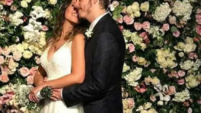 Fábio Porchat e Nataly Mega se casam com 'festão' no Rio; fotos