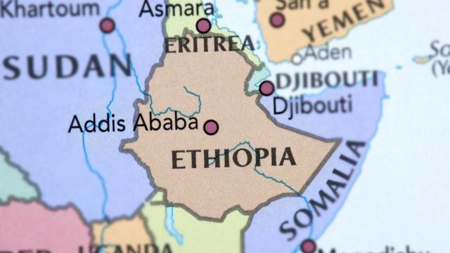 Explosão em comício de primeiro-ministro da Etiópia deixa vários mortos