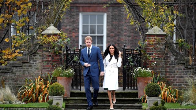 Meghan Markle usará vestido de noiva de meio milhão de dólares