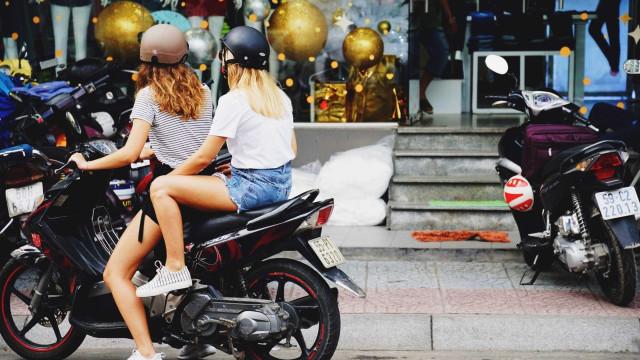 Waze lança 'modo motocilista' e 'comando de voz' como o Google