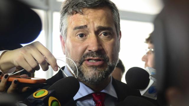 PT entra com ação para anular exoneração de Moro do cargo de juiz