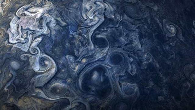 NASA divulga imagem esplêndida das nuvens rendilhadas de Júpiter