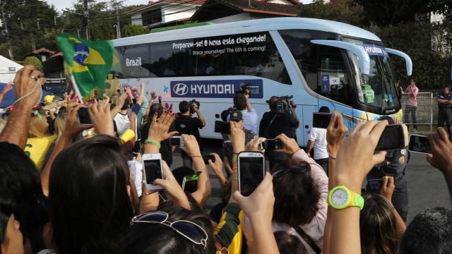 Fifa cria concurso para frase em ônibus de seleções; veja o prêmio