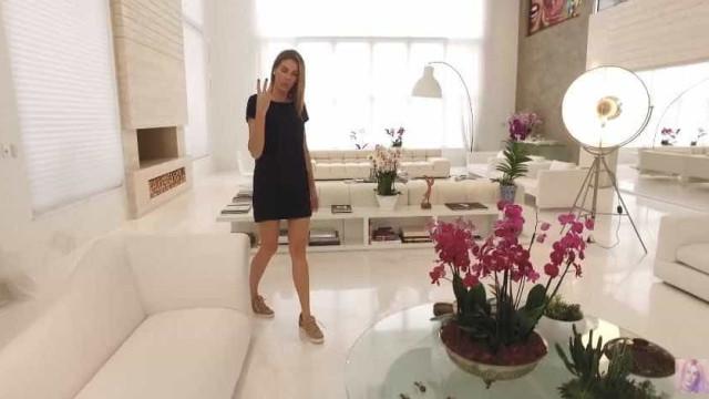 Ana Hickmann diz que até missa já fez em sua sala gigante