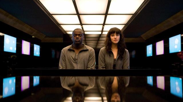 Netflix divulga data de estreia e trailer de 'Black Mirror'; veja