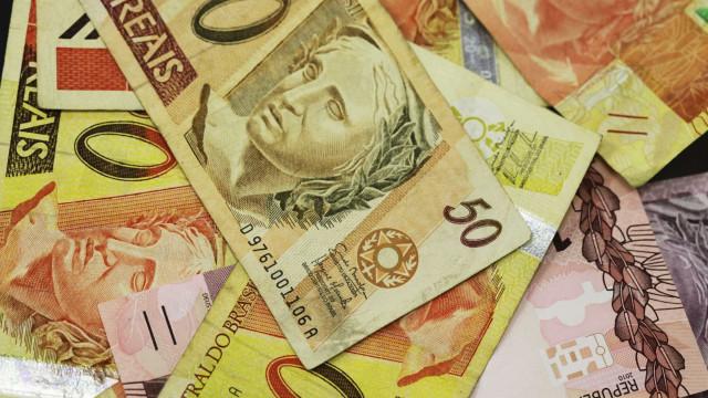 Banco Central corta juros e Selic cai para 7%, menor patamar histórico