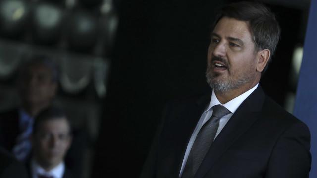 'Governos fecharam os olhos' para facções criminosas, diz diretor da PF