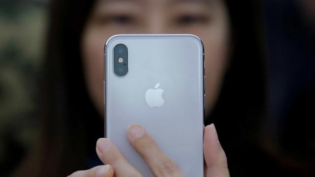 iPhone X começa a ser vendido no Brasil; preço a partir de R$ 7 mil