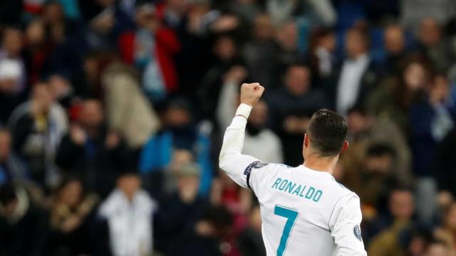 'Sou o melhor jogador da história', diz CR7 após ganhar 5ª Bola de Ouro