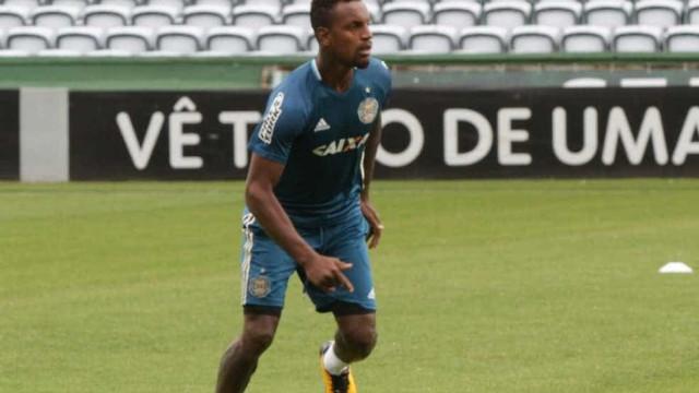 Clube alemão promete ir à Fifa contra o Santos