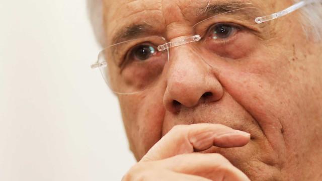 Povo está enojado, irritado com todos nós, diz FHC em convenção do PSDB