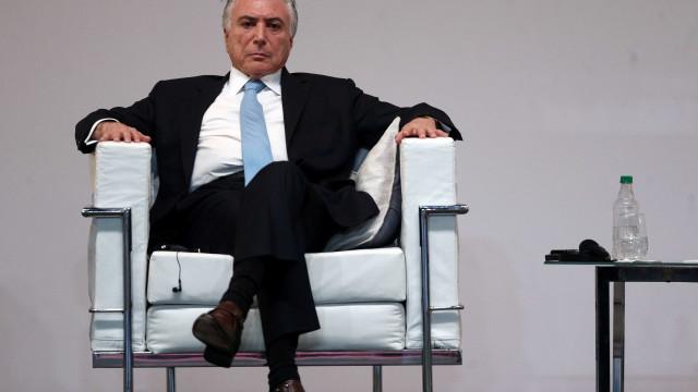Temer diz que reforma 'vai muito bem' e base cobra posição do PSDB