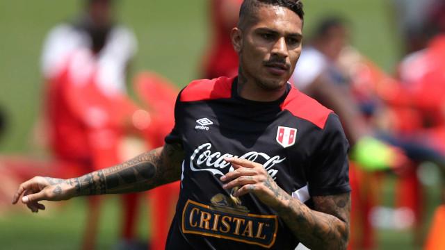 Indignado, Guerrero rompe o silêncio sobre suspensão: 'Sou inocente'
