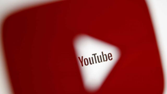 YouTube indica vídeos sobre teorias da conspiração a crianças
