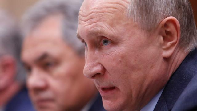 Putin ordena retirada de tropas russas da Síria
