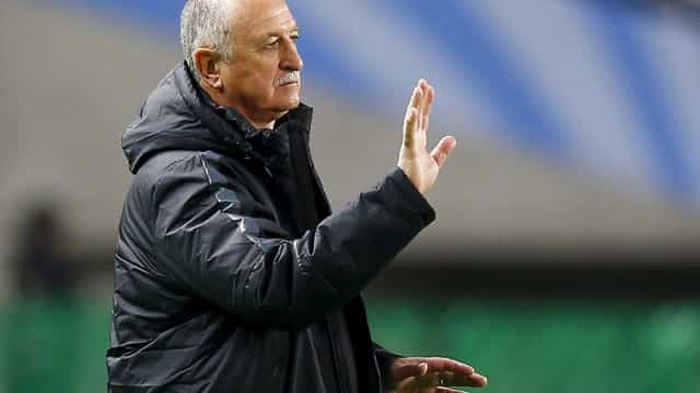 Felipão recusa convite para assumir o comando da seleção chilena