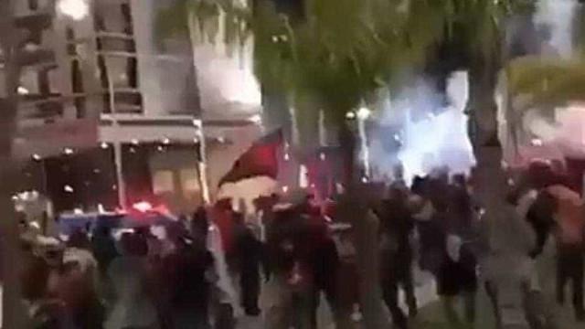 Torcedores do Fla e do Independiente brigam e 40 são detidos no Rio