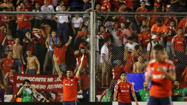 Independiente pede abertura de procedimento contra o Fla na Conmebol