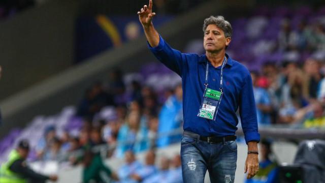 Técnico fecha treino, e Grêmio tem dúvidas para jogo com Atlético-MG