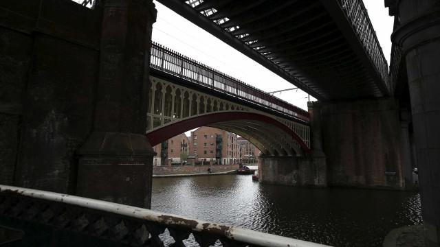 Pesquisa mostra violência e abusos de prostitutos no Reino Unido