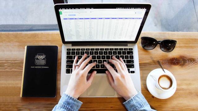 Planilhas prontas no Excel ajudam a economizar e curtir as férias