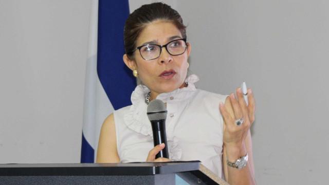 Irmã do presidente de Honduras e mais 5 morrem em acidente aéreo