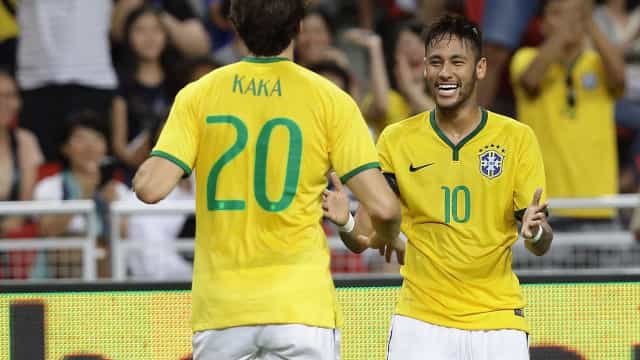 Neymar faz homenagem ao aposentado Kaká: 'Exemplo para mim'