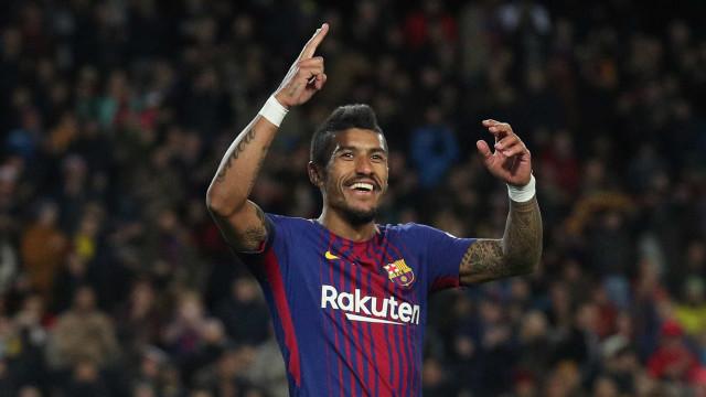 Técnico do Barcelona se encanta com Paulinho: 'Tem gols nele'